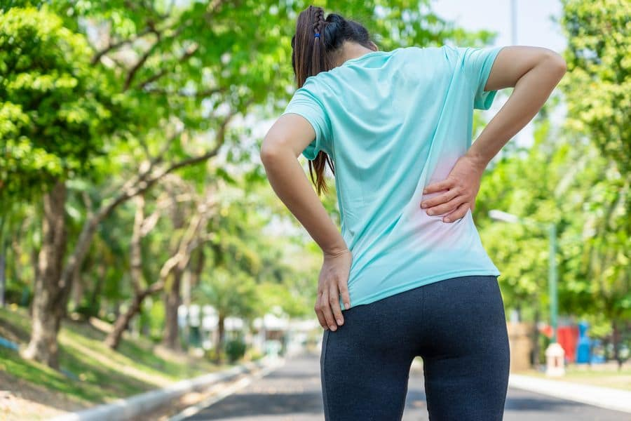 Athletes experience hip pain and how chiropractors can help